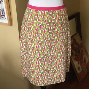 BODEN size 6 Cotton Round Dots green pint